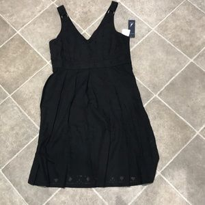 NWT NAUTICA BLACK FLORAL EMBROIDERED DRESS
